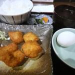 21560301 - 鶏カツ定食+卵