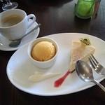 カマヤ - KamayA窯出しチーズケーキセット