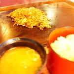 豊田お好み焼店 - 焼きそば定食