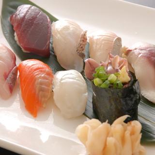 店長自ら毎朝仕入れる鮮魚に絶対の自信あり!!
