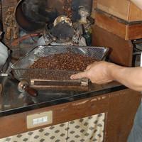 珈琲豆屋 - この道21年の焙煎職人が自信を持ってお勧めします。