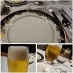 博多和田門 - この日のメンバーは全員お酒好き・・ですので先ずは「ビール」その後「ワイン」にしましょう、、と。       「ビール」で乾杯です^^