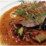 博多和田門 - この日の魚は「イトヨリ」、、ソースは焦がしバターソース。       イトヨリは身が甘いので焦がしバターがいいアクセントでした。普通に美味しいかな。