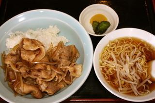 喜多八菜館 - 金曜ランチ限定 甲州ワイン豚の焼肉丼セット