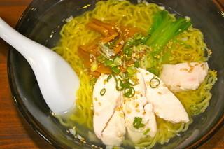 喜多八菜館 - 鶏塩ラーメン 630円