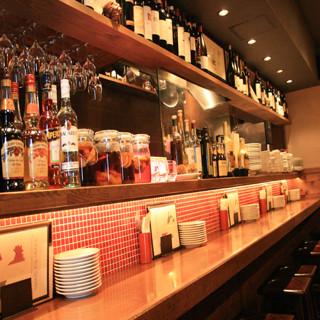 気軽に立ち寄れる雰囲気と、本格的な料理をリーズナブルにお召し上がれる店を目指しております!