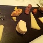 レストラン サンパウ - コントラストチーズ