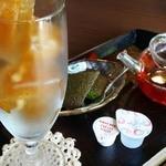 牛島製茶 和cafe Leaf Heart - 2013.08.14再訪 夏のキラキラ和紅茶 和菓子付