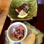 ゑびす屋 - 鰆焼き・イカを炊いたん・出し巻き卵