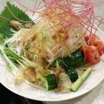 盗作料理 郷 - H.25.9.25.夜 野菜サラダ郷ドレッシングで 480円