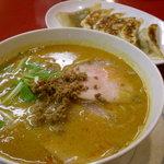 担々亭 - '09・08・23 坦々亭 四川坦々麺と焼餃子