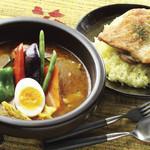 Kanakoのスープカレー屋さん - 料理写真:人気NO,1kanako'sチキングリルonライス ¥1100