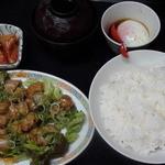 キリンヤ - ホルモン定食