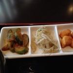 韓国家庭料理 唐辛子 - きゅうり&もやし&大根の小鉢