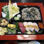 21611444 - 寿司定食1600円。美味しいです。