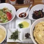 めしや 玉庵 - 親子丼の三段攻撃 2013年10月