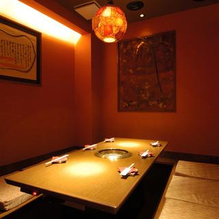 6名様までOKゆったりとした空間で大人気の個室は早めの予約で