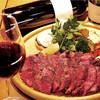 熟成肉と手作りソーセージの旨安ワイン酒場炭焼グリル 孫三郎 - 料理写真:45日間熟成させた米国認定アンガスビーフ