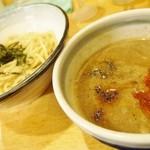 ガチブタ - つけ麺