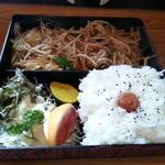 むらかみ食堂 - 野菜炒め650円