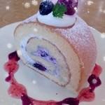 プティ・クリフ - ブルーベリーのロールケーキ