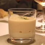 イタリアン オット - 毛ガニと塩のパンナコッタ ビシソワーズのエスプーマ仕立て