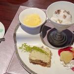 海鮮問屋 海ぼうず - 大名椀御膳のデザートとコーヒー
