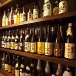 時分時 - 日本酒、焼酎と充実の品ぞろえ