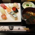 満海寿司 - 上にぎり盛り合せ 1000円