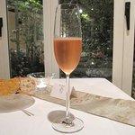 アロマフレスカ - NV Cuvee Imperiale Brut Rose, Berlucchi  \6,800