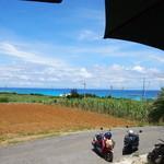 パーラーみんぴか - 外カウンターからの眺め。