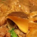 本みやけ - 特選和牛ロース鍋 椎茸