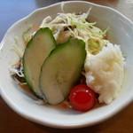 カレー オハナ - ランチのサラダ