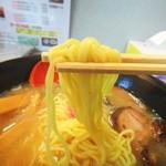 旭川ラーメン さいじょう - 麺リフト