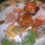オステリアカパンナ - 前菜盛り合わせ。オムレツを一つ食べてから撮影。