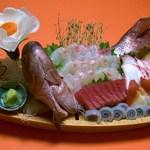 季節料理 利兵衛 - お祝いの席に、舟盛りも承ります