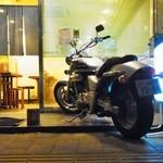 キッチン南海 - バイクが目印です