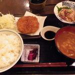 焼きハマグリ新三郎 - ミンチカツ