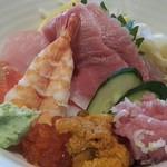 21652147 - ランチの海鮮丼