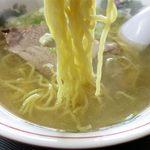 あいづ食堂 - 塩ラーメンの麺