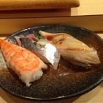 神田江戸ッ子寿司 - えび、アナゴ、アジ(玉子の替わり)