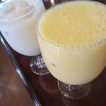 レストラン仏区里屋 - バナナ&ミックスジュース