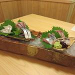 shikiya - 安芸灘のおまかせ盛り(穴子・鯛・太刀魚・カンパチ・秋刀魚・〆サバ)