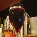 Gatti - スパークリングワイン赤。コリサリス マルツェミーノ。甘し