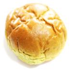 フローベル - 料理写真:大和茶あんぱん (150円) '13 4月中旬