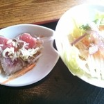 21667939 - ポークシチューセットのサラダと小鉢(小さいローストビーフ2枚)