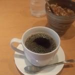 サングリア - 食後のホットコーヒー