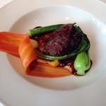 イザイ - 牛ホホ肉の赤ワイン煮