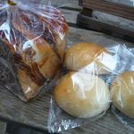ムギコ - チーズボールとマーブルチョコ(各\150)