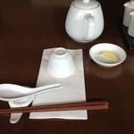 京鼎樓 - テーブルのセット